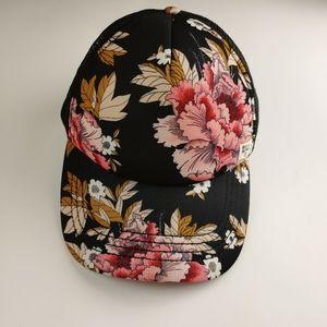 Heritage Mashup Trucker Hat - Black Floral